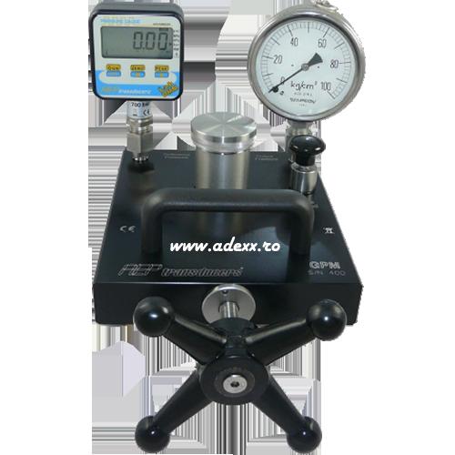 stand-presiune-pentru-calibrarea-manometrelor-max-700bar